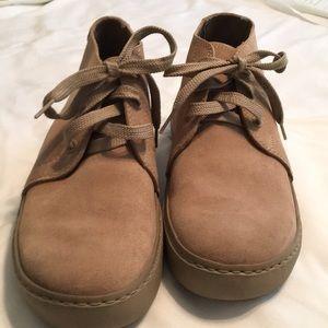EUC, size 10, Tan, CROC boots